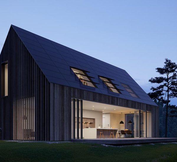 Wohhaus mit Glasfaltanlage